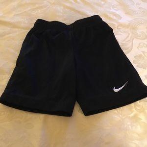 Nike Boys Black Mesh Shorts.  Size 5
